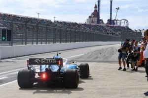 Robert Kubica, Williams FW42, sort des stands