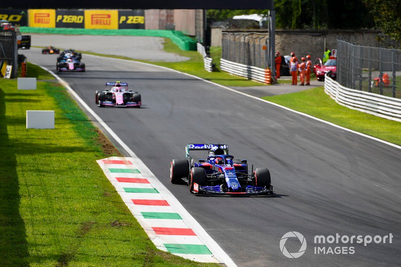 Daniil Kvyat, Toro Rosso STR14, Lance Stroll, Racing Point RP19