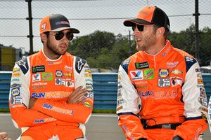 Chase Elliott, Hendrick Motorsports, Chevrolet Camaro SunEnergy1 and crew chief Alan Gustafson