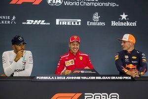 Conferenza stampa: il vincitore della gara Sebastian Vettel, Ferrari, il secondo classificato Lewis Hamilton, Mercedes AMG F1, il terzo classificato Max Verstappen, Red Bull Racing
