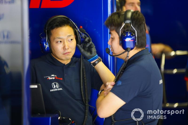 Mekanik Toro Rosso Honda