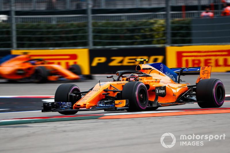 14: Stoffel Vandoorne, McLaren MCL33, 1'35.977
