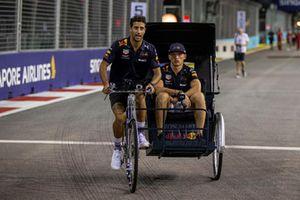 Daniel Ricciardo, Red Bull Racing and Max Verstappen, Red Bull Racing bicycle and sidecar