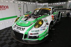 #7 D'station Racing Porsche 911 GT3 R