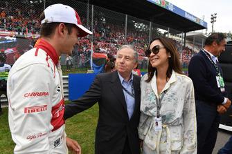جان تود، رئيس الاتّحاد الدولي للسيارات وشارل لوكلير، ألفا روميو ساوبر