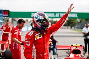 Kimi Raikkonen, Ferrari SF71H, secures pole position
