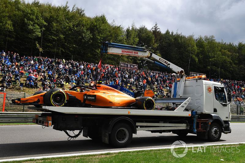 El coche accidentado de Stoffel Vandoorne, McLaren MCL33