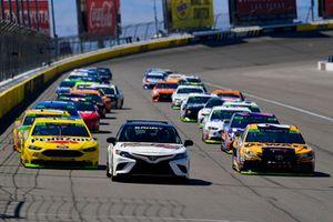 Toyota Camry pace car, Erik Jones, Joe Gibbs Racing, Toyota Camry DeWalt, Joey Logano, Team Penske, Ford Fusion Shell Pennzoil