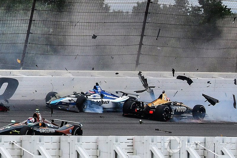 James Hinchcliffe and Takuma Sato crash at Pocono