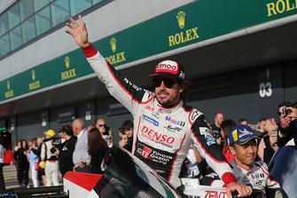 Yarış galibi Toyota Gazoo Racing Toyota TS050: Fernando Alonso