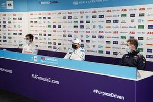 Alexander Sims, Mahindra Racing, Jake Dennis, BMW i Andretti Motorsport, Nick Cassidy, Envision Virgin Racing, in conferenza stampa