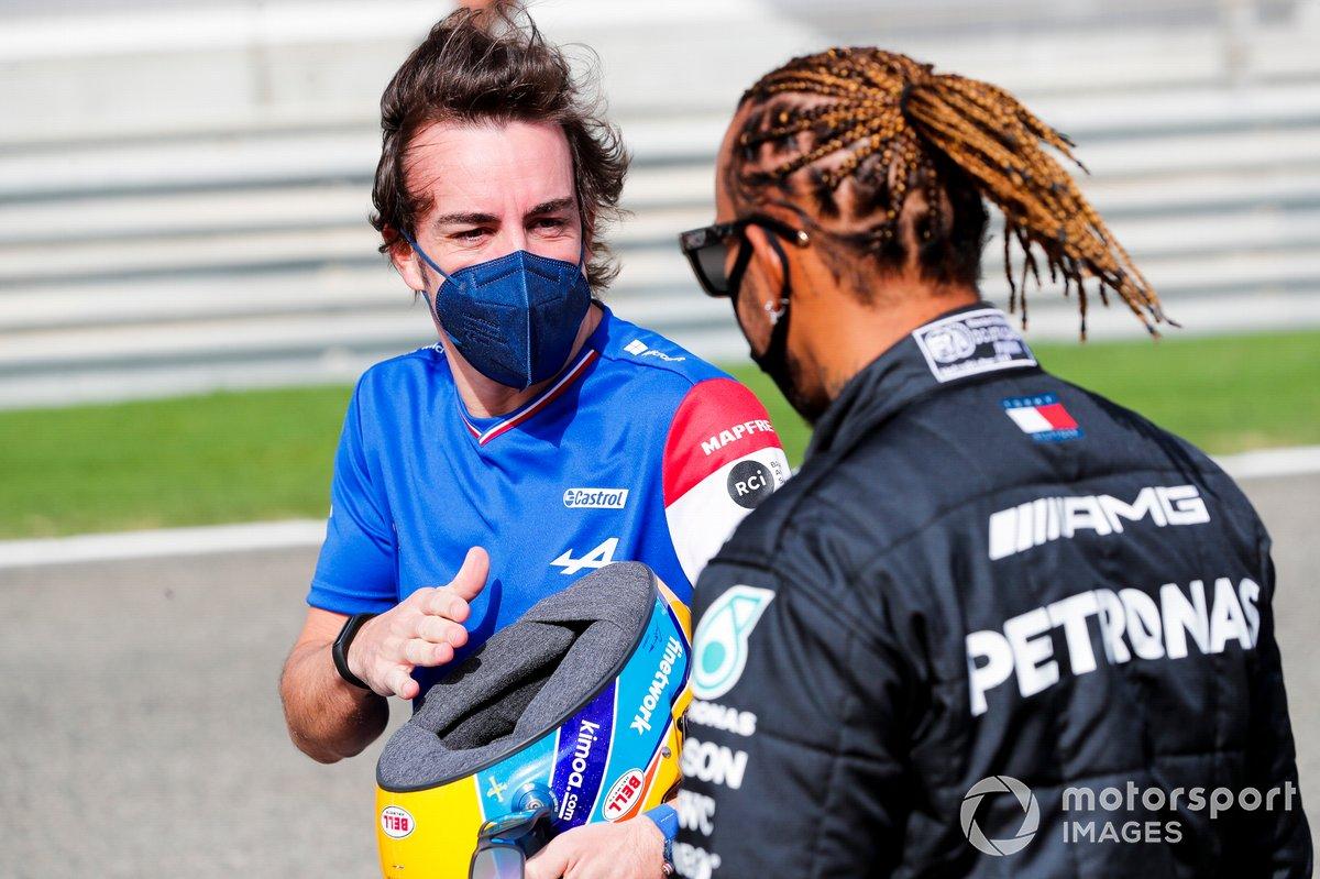 Fernando Alonso, Alpine F1 y Lewis Hamilton, Mercedes