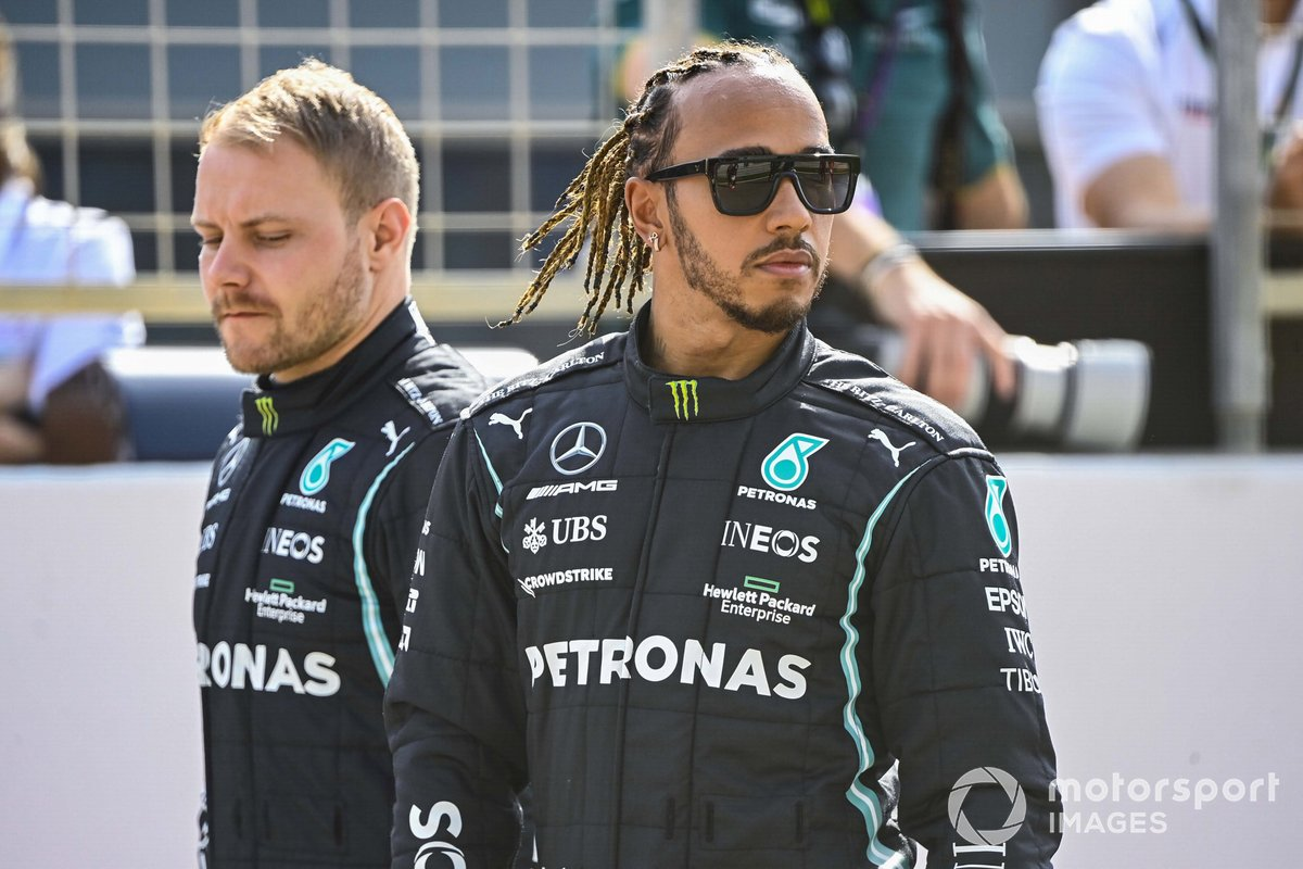 Valtteri Bottas, Mercedes, y Lewis Hamilton, Mercedes