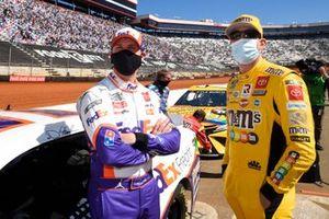Denny Hamlin, Joe Gibbs Racing, Toyota Camry FedEx Freight, Kyle Busch, Joe Gibbs Racing, Toyota Camry M&M's Messages