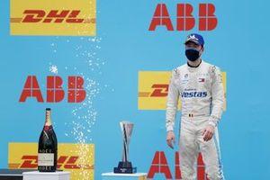 Stoffel Vandoorne, Mercedes-Benz EQ, 3ᵉ, sur le podium