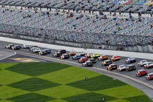 A J Allmendinger, Kaulig Racing, Chevrolet Camaro Ellsworth Advisors leads