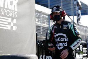 Kyle Larson, Hendrick Motorsports, Chevrolet Camaro NationsGuard, Crew member
