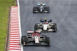 Kimi Raikkonen, Alfa Romeo Racing C39, Pierre Gasly, AlphaTauri AT01, and Valtteri Bottas, Mercedes F1 W11