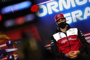 Антонио Джовинацци, Alfa Romeo Racing, на пресс-конференции