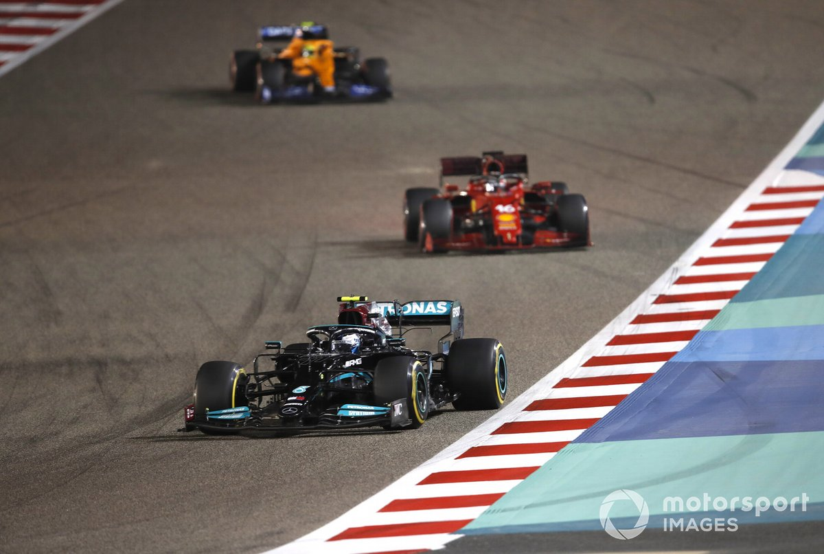 Valtteri Bottas, Mercedes W12, Charles Leclerc, Ferrari SF21, Lando Norris, McLaren MCL35M