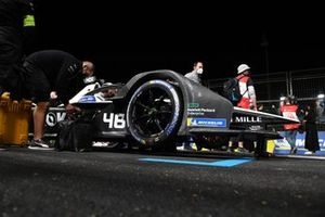 Edoardo Mortara, Venturi Racing, Silver Arrow 02, on the grid