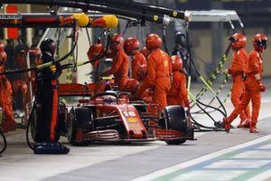 Charles Leclerc, Ferrari SF1000, leaves his pit box