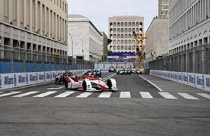 Nico Muller, Dragon Penske Autosport, Penske EV-5, Oliver Rowland, Nissan e.dams, Nissan IMO2