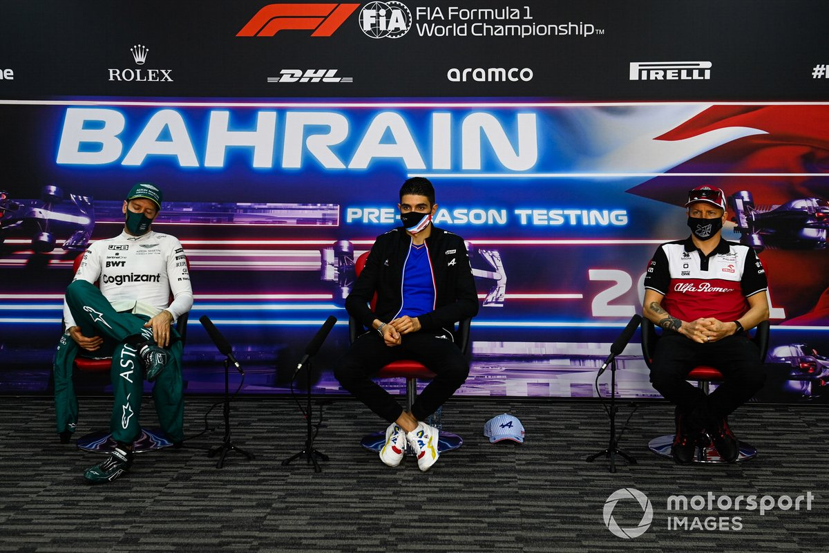 Sebastian Vettel, Aston Martin, Esteban Ocon, Alpine F1, and Kimi Raikkonen, Alfa Romeo Racing, in the press conference