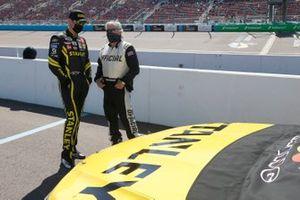 Kyle Busch, Joe Gibbs Racing, Toyota Camry STANLEY