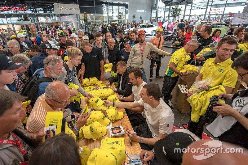 #48 Mercedes-AMG Team Mann Filter Mercedes AMG GT3: Christian Hohenadel, Lance David Arnold, Raffaele Marciello, Maximilian Götz