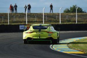 #97 Aston Martin Racing Aston Martin Vantage AMR: Alex Lynn, Maxime Martin, Jonathan Adams, Russ Gunn