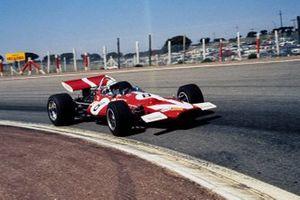 Джон Сёртиз, McLaren M7C Ford