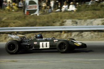 Race winner Jacky Ickx, Brabham BT26A