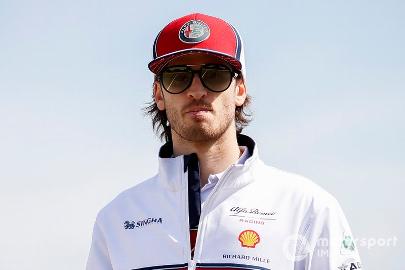 Antonio Giovinazzi, Alfa Romeo Racing walks the track