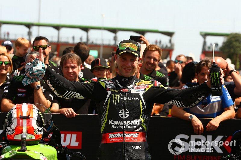 Jonathan Rea, Kawasaki Racing Team takes pole position