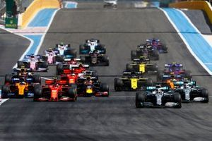 Lewis Hamilton, Mercedes AMG F1 W10 leads Valtteri Bottas, Mercedes AMG W10 and Charles Leclerc, Ferrari SF90 at the start of the race