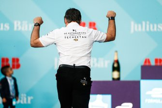 Mark Preston, Team Principal, DS TECHEETAH celebrates the team's victory on the podium