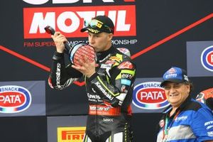 Podium: race 1 winner Jonathan Rea, Kawasaki Racing Team