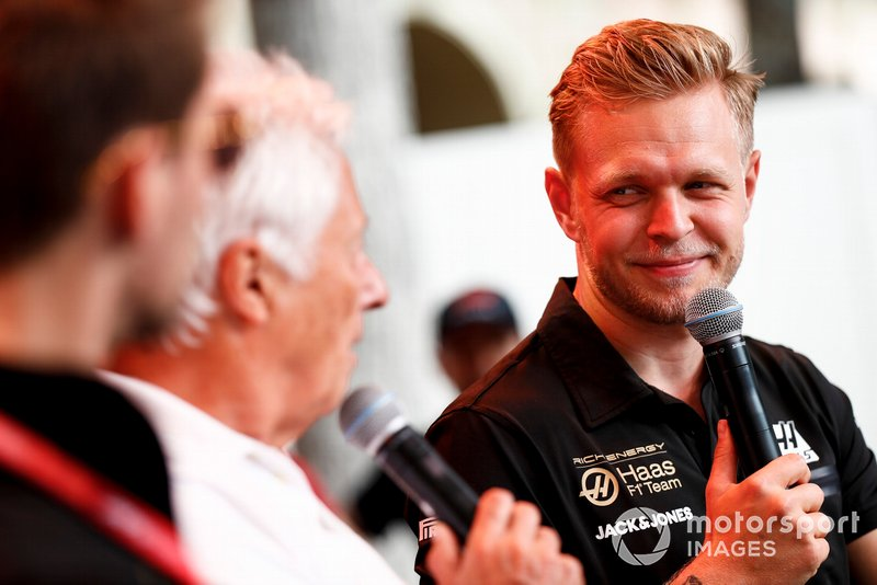 Kevin Magnussen, Haas F1 on stage in the fan zone