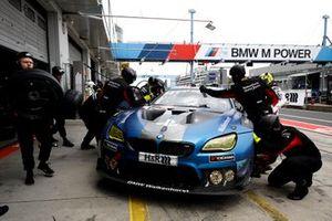#101 Walkenhorst Motorsport BMW M6 GT3: Christian Krognes, David Pittard, Lucas Ordonez, Nick Yelloly