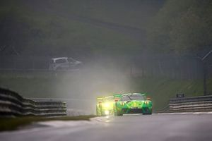 #1 Manthey-Racing Porsche 911 GT3 R: Richard Lietz, Frederic Makowiecki, Patrick Pilet, Nick Tandy, #911 Manthey-Racing Porsche 911 GT3 R: Earl Bamber, Michael Christensen, Kevin Estre, Laurens Vanthoor