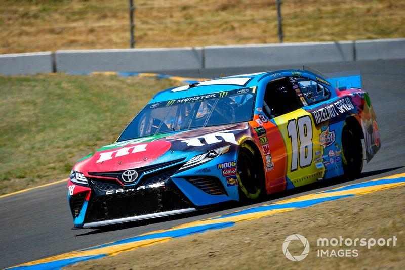 2. Kyle Busch, Joe Gibbs Racing, Toyota Camry