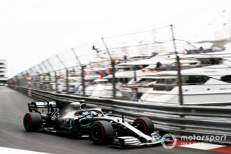 2: Valtteri Bottas, Mercedes AMG W10, 1'10.252