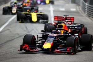 Max Verstappen, Red Bull Racing RB15 at the start of the race