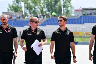 Romain Grosjean, Haas F1 walks the track with his team
