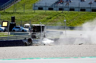 Carsh of Valtteri Bottas, Mercedes AMG W10