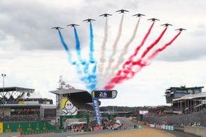 Le Mans Flypast