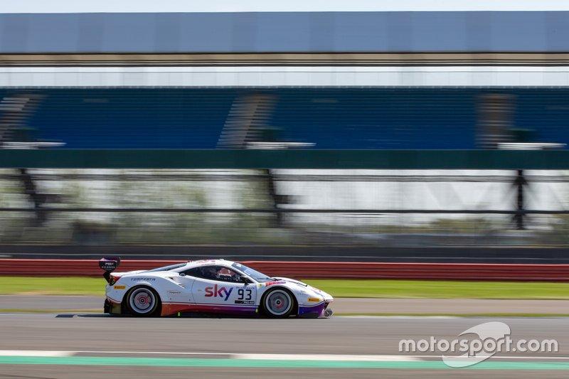 #93 Tempesta Racing Ferrari 488 GT3: Chris Buncombe, Jonathan Hui, Chris Froggatt