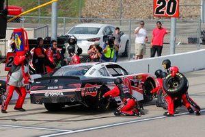 Christopher Bell, Joe Gibbs Racing, Toyota Supra Ruud pit stop