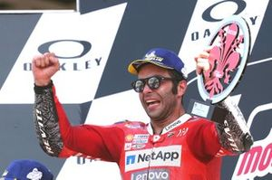 Подиум: победитель Данило Петруччи, Ducati Team